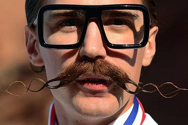 Netsuite_MonsRoyale moustache