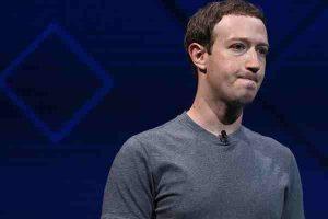 Social media collecting data_Facebook